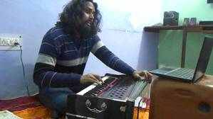 Indian-music-school-academy-online-lessons-Harmonium-training-classes